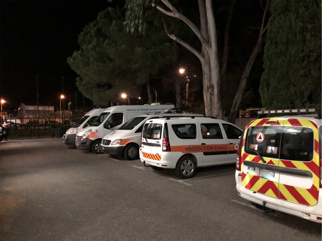 véhicules de la protection civile lors des incendies